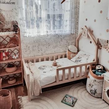 Łóżko klasyczne mini-domek